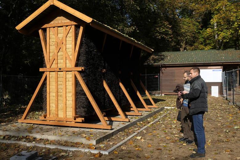 Pierwsza mikrotężnia w Toruniu jest już gotowa. Stanęła na Barbarce. Tego typu urządzenia cieszą się coraz większą popularnością. W Łodzi wyrastają jak