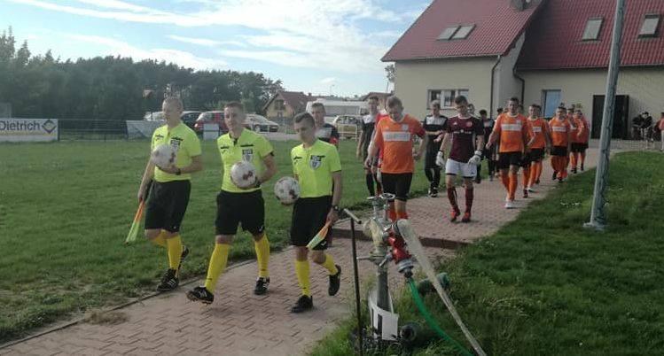 W meczu klasy okręgowej Moravia Morawica wygrała z Hetmanem Włoszczowa 4:1. Moravia Morawica - Hetman Włoszczowa 4:1 (1:0) Bramki: Kamil Kubicki 2, Jakub