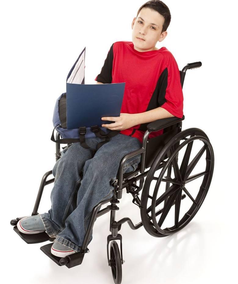 Świadczenia rodzinne dla niepełnosprawnych. Zasiłek pielęgnacyjny i zasiłek opiekuńczy - ich wysokość rośnie od 1 listopada 2018.