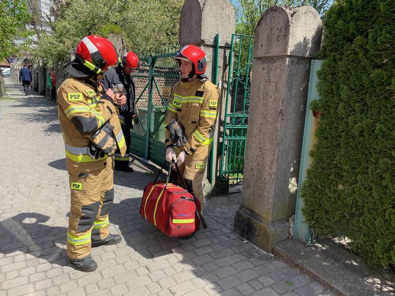 W piątek po godz. 11 służby ratunkowe wezwane zostały na ul. Św. Józefa w Przemyślu, gdzie w piwnicy jednej z kamienic znaleziono ciało starszej kobiety.