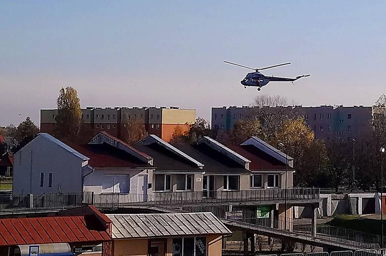 W niedzielę, 10 listopada, na lotnisku w Nowej Soli wylądował policyjny śmigłowiec. Już wiemy, że z powietrza pomoże w poszukiwaniach zaginionego Artura