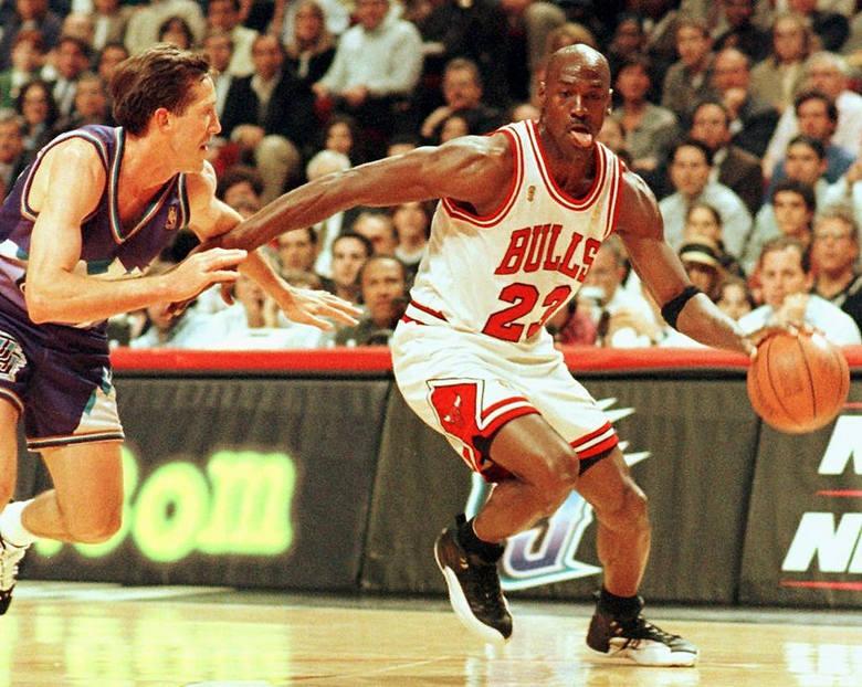Jordan to najbogatszy sportowiec na świecie. Ile zarabia?