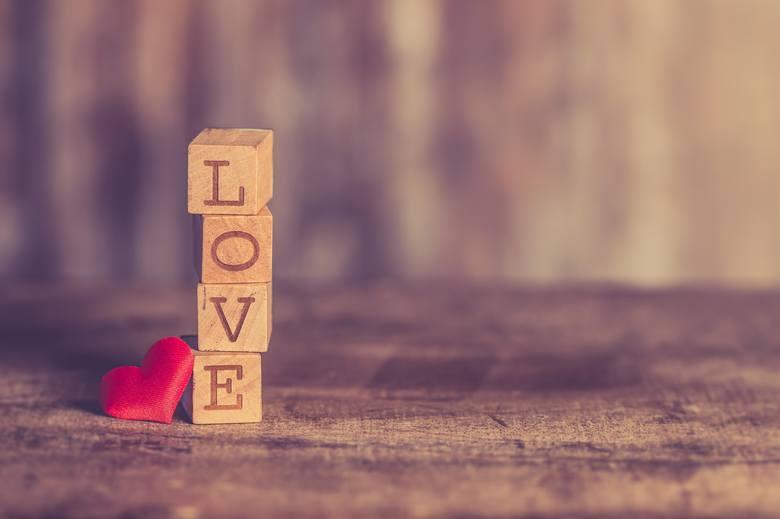 LUBUSKIE. Nowe ogłoszenia matrymonialne. Poznaj miłość na ostatnie dni lata