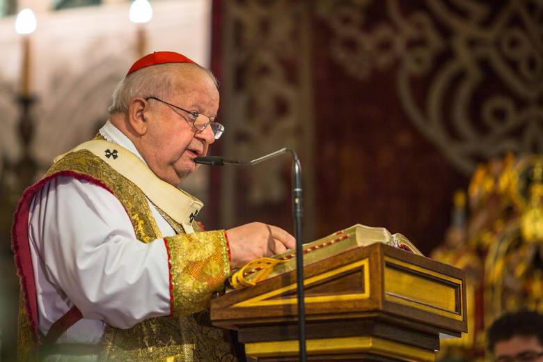 1. Skandale pedofilskiePedofilia w kościele to temat, który przestaje powoli być tajemnicą. Okazuje się jednak, że dochodziło do sytuacji, w których