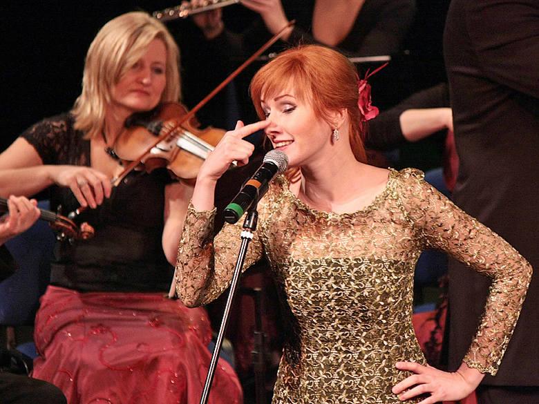 Marta Ustyniak podczas koncertu w Grudziądzu