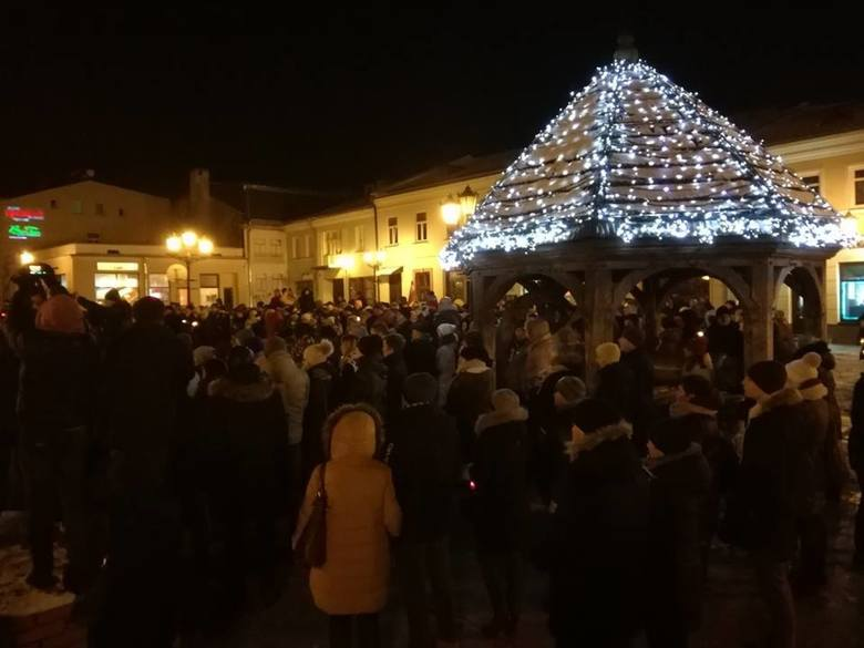 Chełm solidarny z Gdańskiem. Marsz przeciw nienawiści i agresji (ZDJĘCIA)