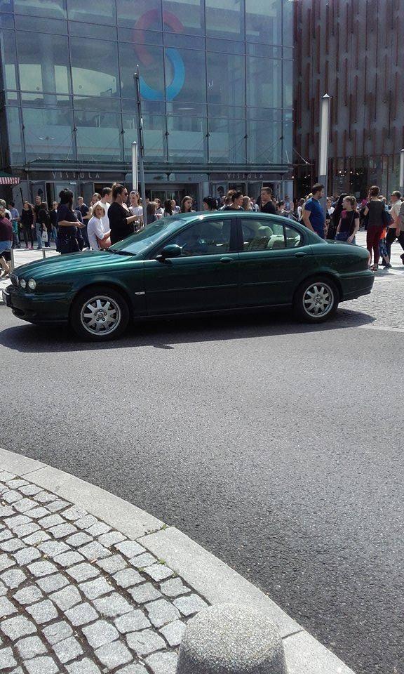 Alarm bombowy w Silesia City Center w Katowicach. To już kolejny alarm tego typu w ostatnich dniach. W piątek ewakuowanych zostało wielu klientów i pracownicy
