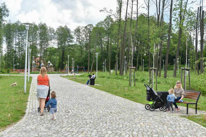 Bulwary przy ul. Z. Herberta na osiedlu Bacieczki, zgodnie z projektami z Budżetu Obywatelskiego 2017 i 2018, będą rozbudowane. Miasto rozstrzygnęło