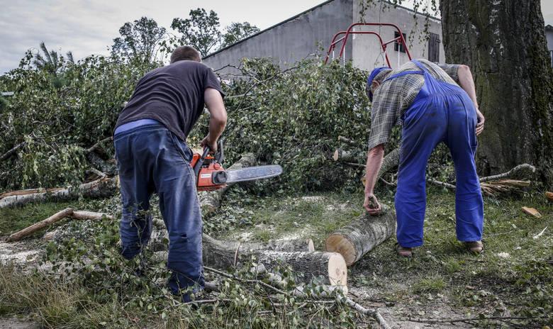 Nawałnica na Pomorzu. Białystok chce pomóc (zdjęcia, wideo)