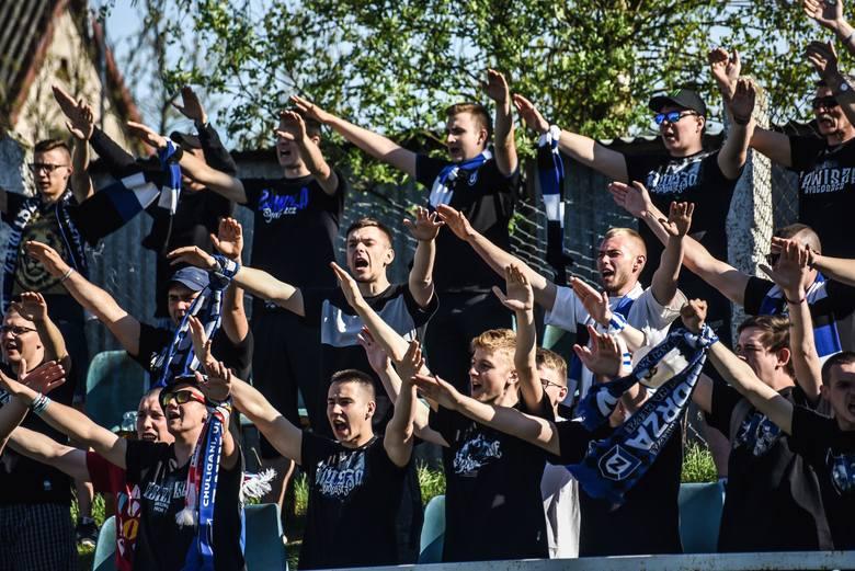Zawisza Bydgoszcz bezbramkowo zremisował z Rawysem CEO Raciąż w meczu 19. kolejki A klasy I grupy bydgoskiej. Zawiszanie posiadali przewagę, ale nie