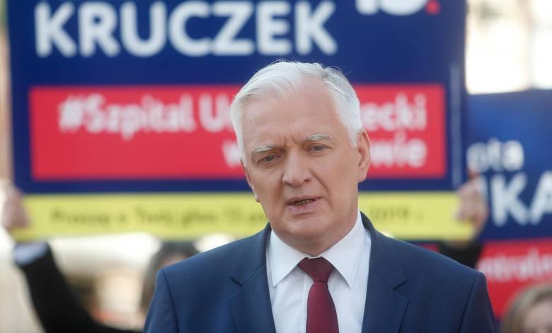 Dostał słaby wynik wyborczy w Krakowie, ale dzięki ciężkiej pracy wprowadził do nowego Sejmu 18 posłów. W teorii pozwala mu to podjąć grę z Kaczyńskim.