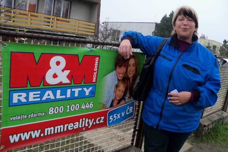 – Tani dom do remontu można u nas znaleźć stosunkowo tanio, a ofertę sprzedaży mamy bardzo bogatą – zachwala Viera Horakova, agent biura MM Reality.