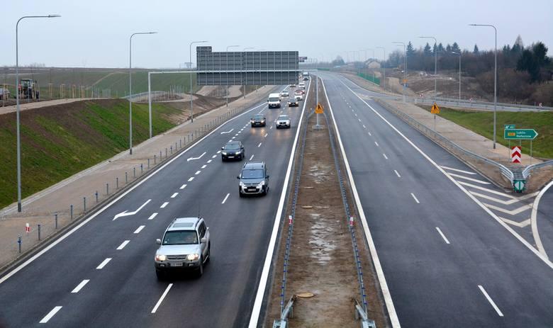 Zachodnia część obwodnicy Lublina dołącza do sieci dróg płatnych. Po nieco ponad pół roku od otwarcia