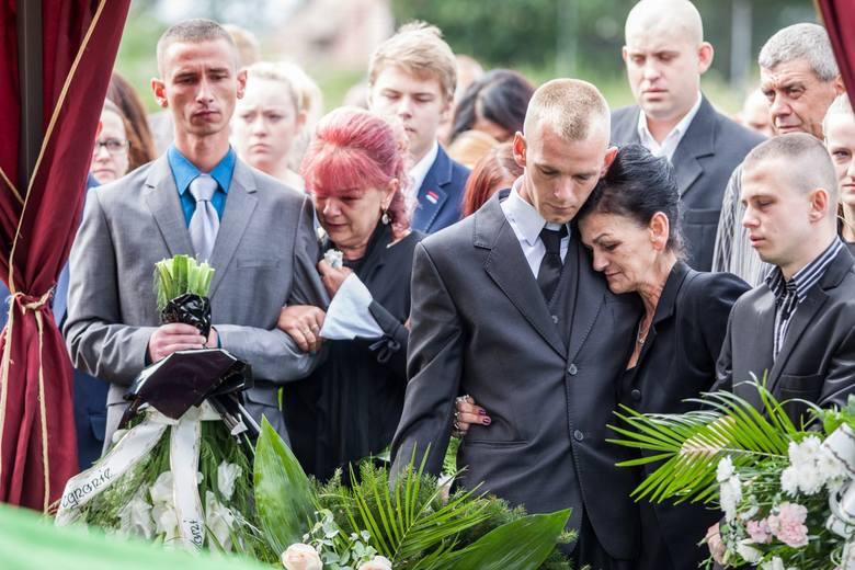 Finał procesu w sprawie potwornej zbrodni na młodych mieszkankach Barcina. Sąd zdecydował, że ich oprawcy pozostaną za kratami do końca życia. Nie było