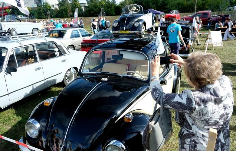 Zlot Samochodów Zabytkowych 2020. Auta z duszą ponownie w Chojnicach