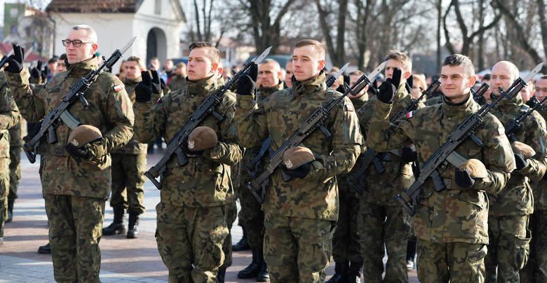 W niedzielę na placu przy klasztorze OO. Bernardynów w Leżajsku, odbyła sięprzysięga wojskowa 90 nowych żołnierzy 3. Podkarpackiej Brygady Obrony Terytorialnej.