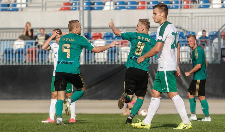 Stal Stalowa Wola - Warta Poznań 1:0 (0:0)Bramki: 1:0 Patrzykąt  70-samobójcza.Stal: Brylewski - Janiszewski (59 Korczyński), Jarosz, Zalepa, Sobotka