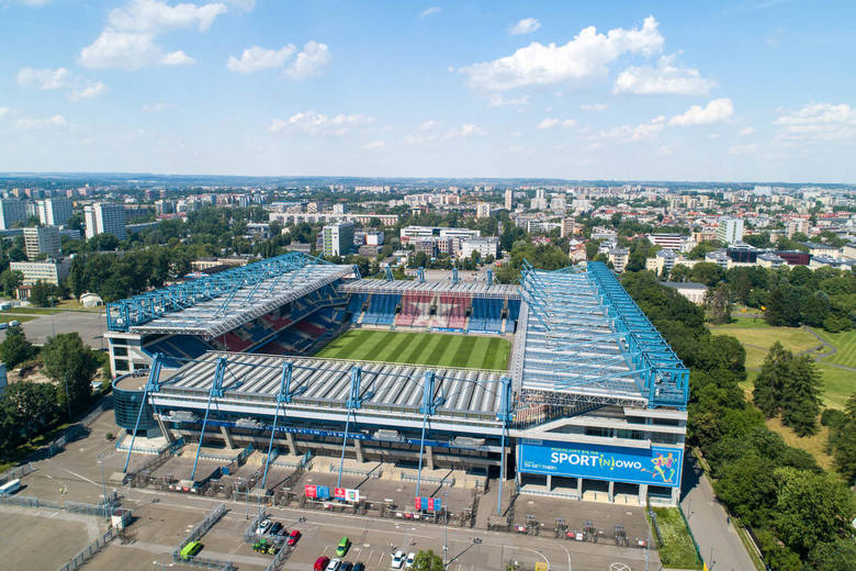 Stadion Miejski im. Henryka Reymana w Krakowie. To tutaj mecze rozgrywają piłkarze Wisły Kraków