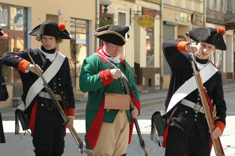 Rekonstruktorzy byli w Brzegu już sześć lat temu. Teraz miasto zaplanowało cały weekend z historią.
