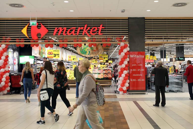 Carrefour Majówka 2019. Godziny otwarcia sklepów Carrefour 4 i 5 maja 2019.