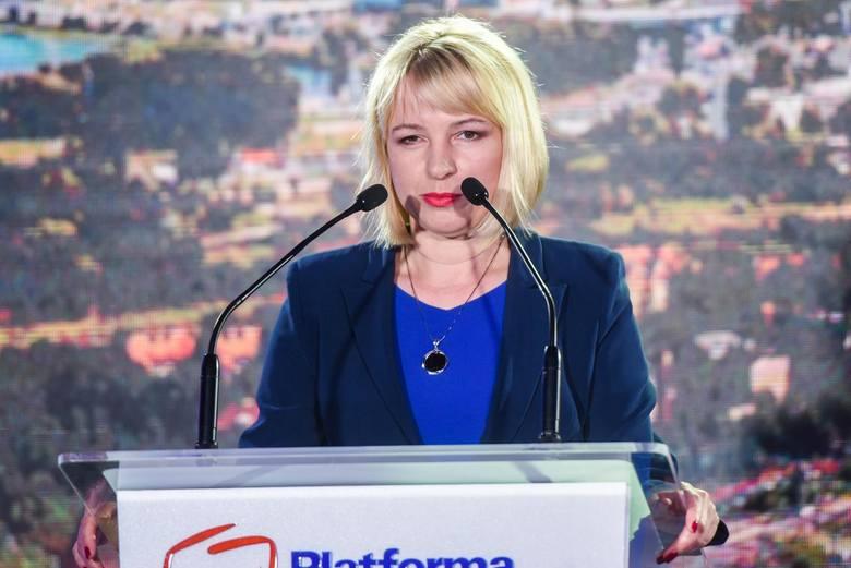 """Katarzyna Kierzek-Koperska z Nowoczesnej, ma być """"jedynką"""" w pierwszym okręgu."""