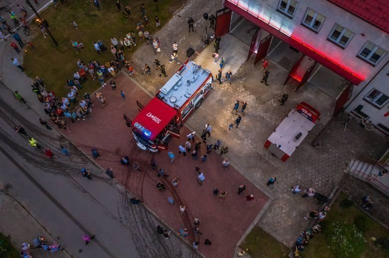 Ochotnicza Straż Pożarna w Osieku ma nowy wóz strażacki. Niesamowita historia i huczne święto [ZDJĘCIA]
