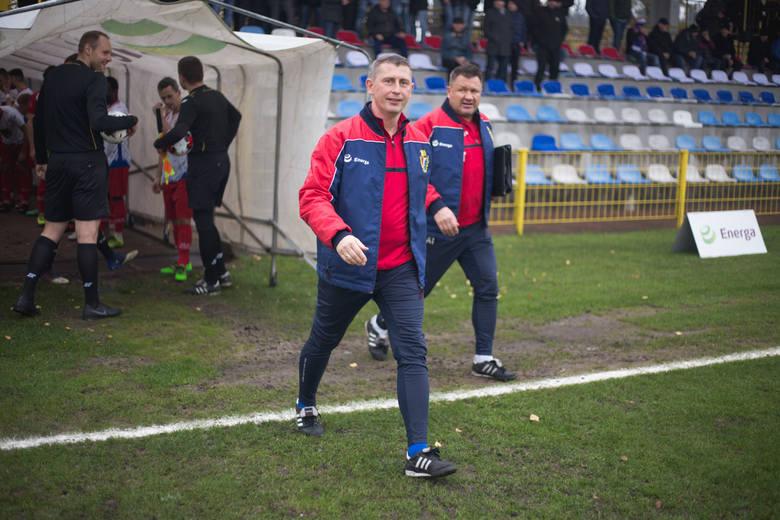 Gryf Słupsk zremisował 1:1 z rezerwami Arki Gdynia. Wynik ustalono już do przerwy. To był świetny mecz dla kibiców. Gry zagrał w tym spotkaniu z ogromnym
