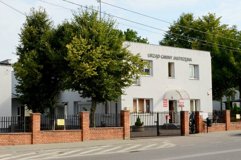 27 maja 1990 roku odbyły się  pierwsze wybory do samorządu terytorialnego w Polsce, po 40 latach przerwy. W Jastrzębi wybieraliśmy Radę Gminy, która