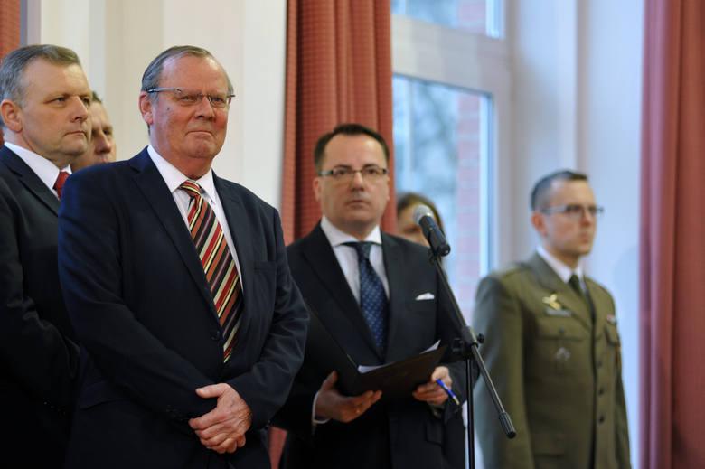 Wacław Berczyński, nowy szef komisji przyrzeka, że będą pracować uczciwie, bez wstępnych hipotez, tak długo, aż poznają prawdę