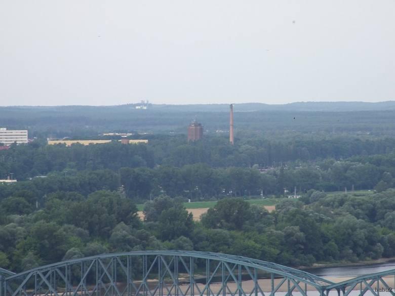 Kluczyki widziane z wieży kościoła garnizonowego przez obiektyw aparatu.