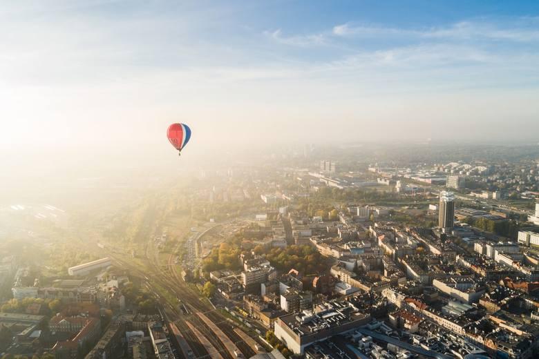 Aglomeracja górnośląska z lotu ptaka. Zdjęcia Wojciecha Radwańskiego