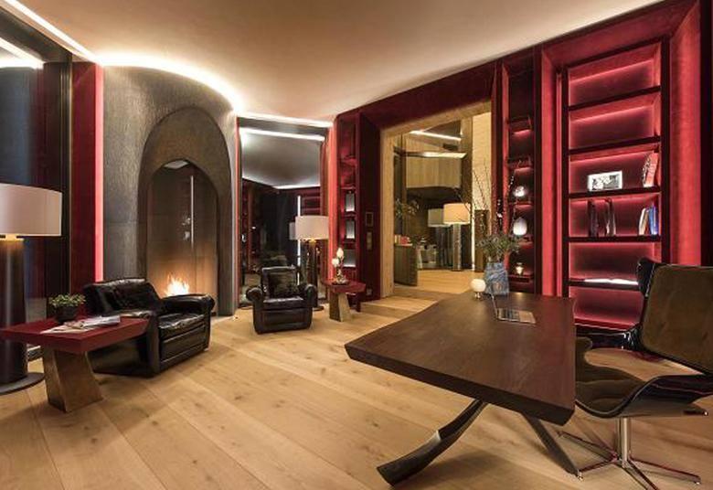Luksusowa willa Jana Kulczyka, znajdująca się w St. Moritz w Alpach, jest na sprzedaż. Rezydencja wystawiona została za ceną 185 milionów dolarów (666