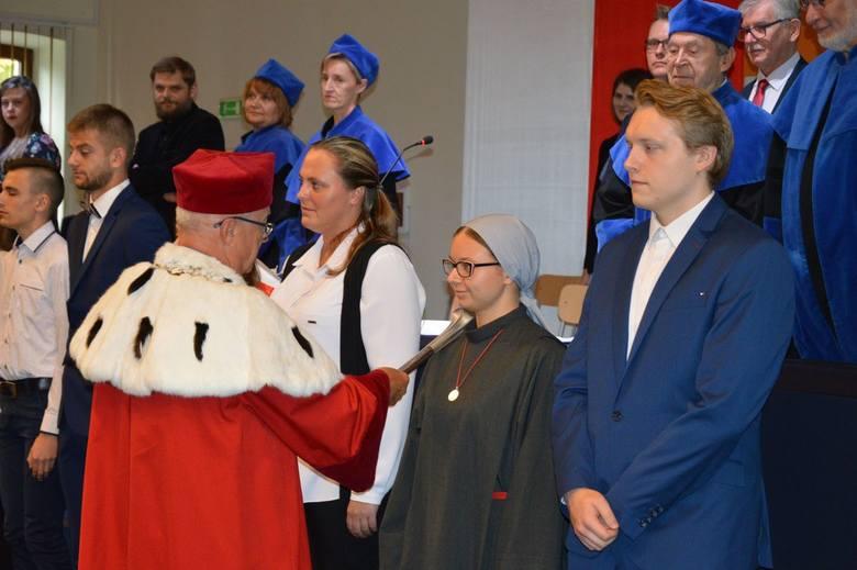 Inauguracja roku akademickiego w Państwowej Uczelni im. Stefana Batorego w Skierniewicach [ZDJĘCIA]