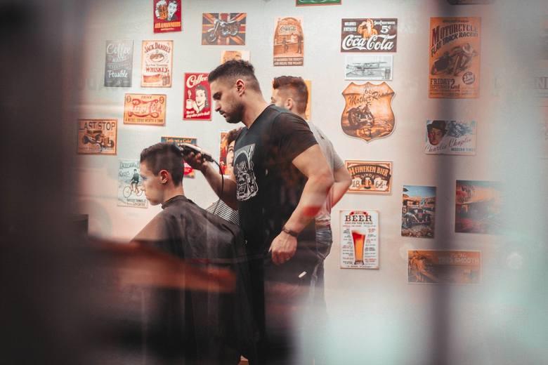 Rząd zgodził się na otwarcie salonów kosmetycznych i fryzjerskich oraz innych zakładów branży beauty od poniedziałku, 18 maja. Nowe otwarcie dla branży,