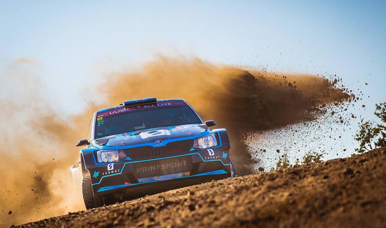 Świetna jazda Łukasza Pieniążka w Rajdzie Portugalii. Polak jest drugi w WRC 2