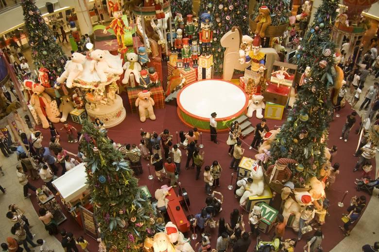 W tym roku Polacy deklarują, że na prezenty przeznaczą nieco więcej niż na żywność.