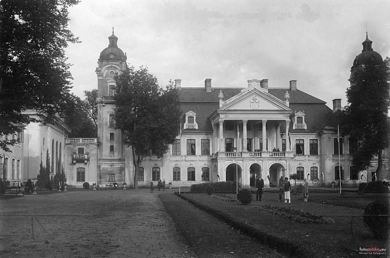20 września 1920 , Pałac Zamoyskich.