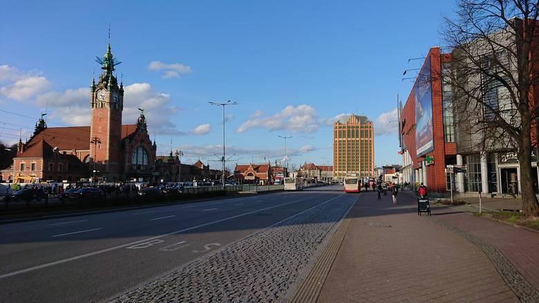Gdańsk: Zieleniak jako gotycki wieżowiec? Tak mógłby wyglądać kultowy gdański wieżowiec! [ZDJĘCIA]