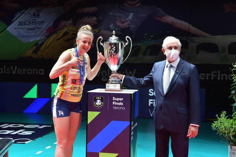 Joanna Wołosz w Weronie z Imoco Volley Conegliano wygrała Ligę Mistrzyń (1 maja 2021)