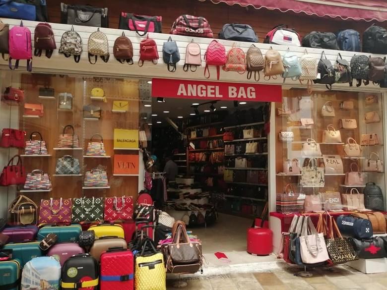 Podróbki markowych toreb cieszą się w Turcji ogromną popularnością.