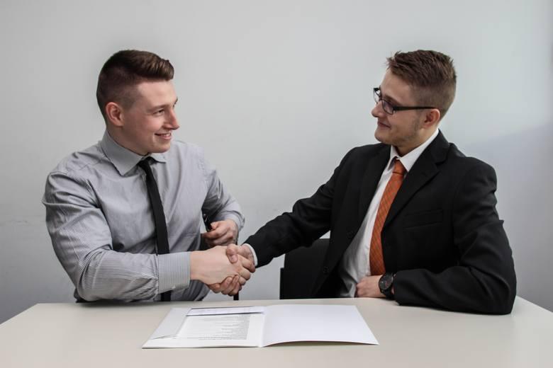 """Dla 8% pracowników oferta musi zawierać możliwość zawarcia kontraktu B2B.Według raportu firmy Antal """"Rotacja dobrowolna pracowników"""", coraz więcej pracowników"""
