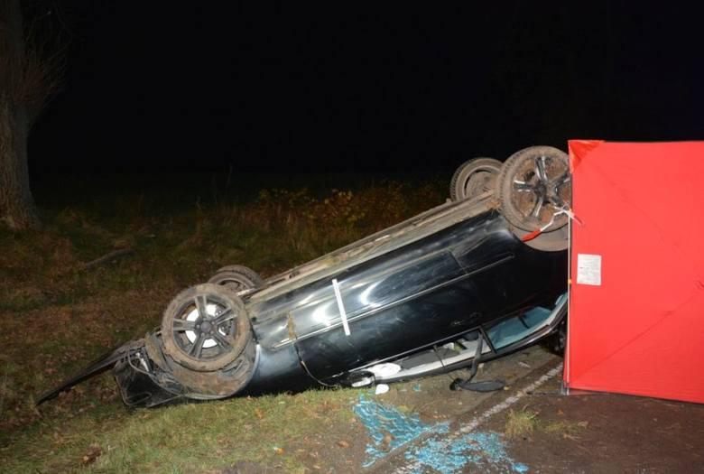 16-letnia pasażerka mercedesa zginęła w wypadku w Makowisku w powiecie jarosławskim [ZDJĘCIA]