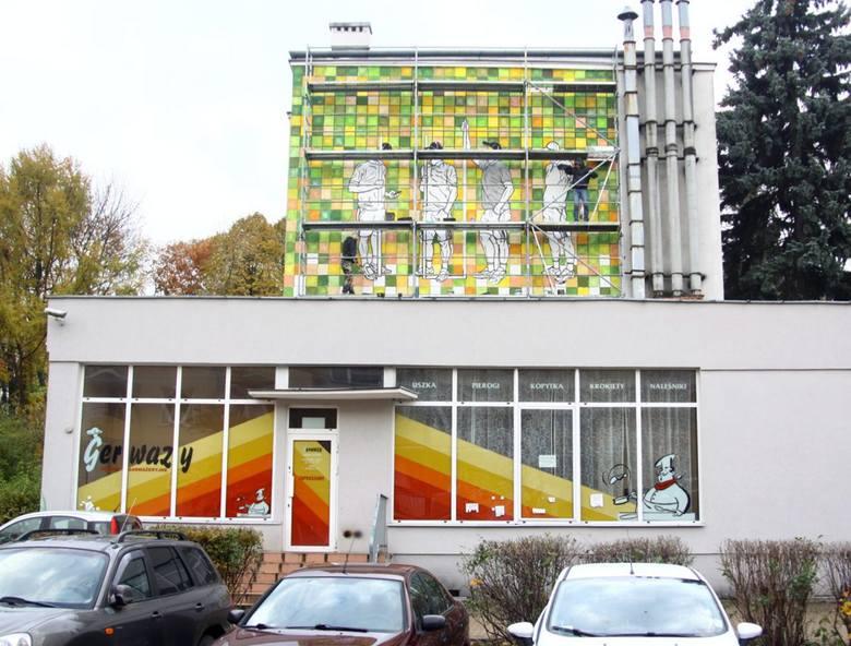 Mural inspirowany Lubelskimi Spotkaniami Plastycznymi sprzed 40. lat, który właśnie powstaje przy ulicy Grażyny, na osiedlu Mickiewicza.