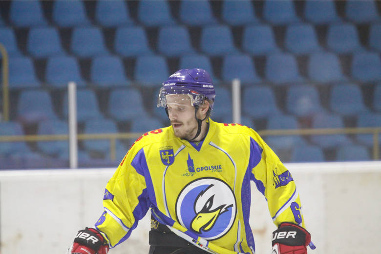 Kanadyjski napastnik Orlika Alex Szczechura.