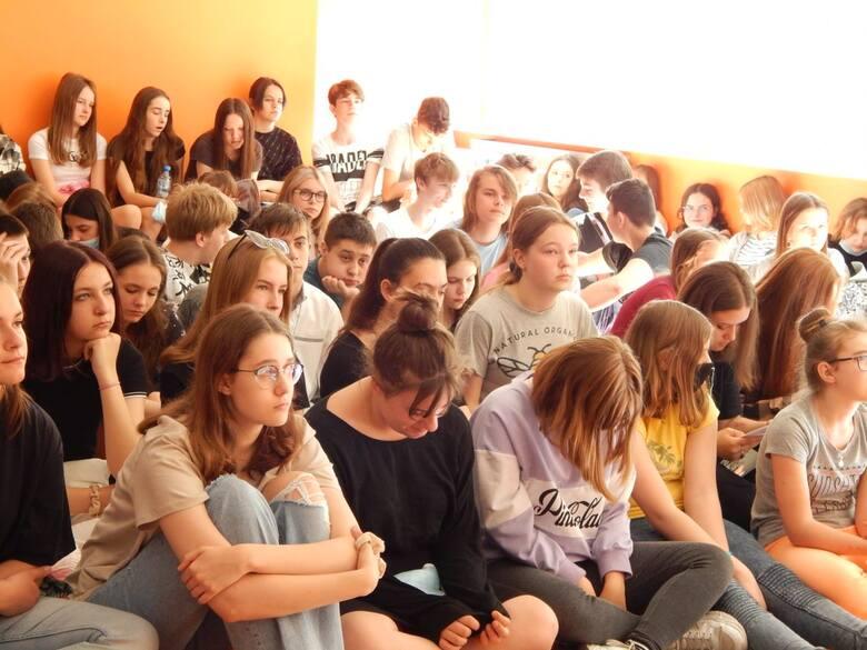 W Radomiu odbyła się niecodzienna lekcja historii z uczestnikiem wydarzeń Czerwca 1976 roku i pracowniekiem IPN