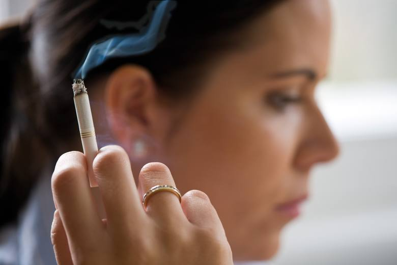 Palenie tytoniu to duże ryzyko wystąpienia rozedmy płuc.
