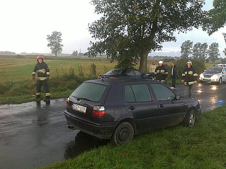 Kierowca golfa zatrzymał się, wezwał ratowników i pomógł poszkodowanym.