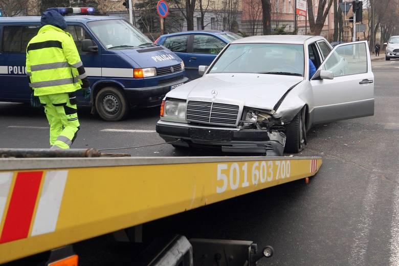 Przepisy niedawno zaakceptowane przez Sejm, Senat i Prezydenta mają znaczenie przede wszystkim dla ofiar wypadków drogowych sprzed lat.