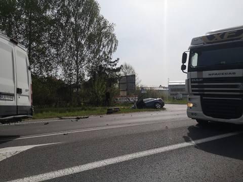 Do zdarzenia doszło w piątek w Rudnej Małej koło Głogowa Małopolskiego. - Kierujący audi wyjeżdżają z drogi podporządkowanej nie ustąpił pierwszeństwa