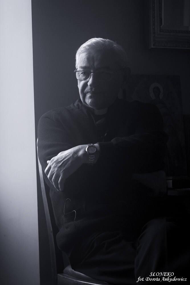 Film o biskupie Tadeuszu Pieronku w reżyserii Szymona J. Wróbla